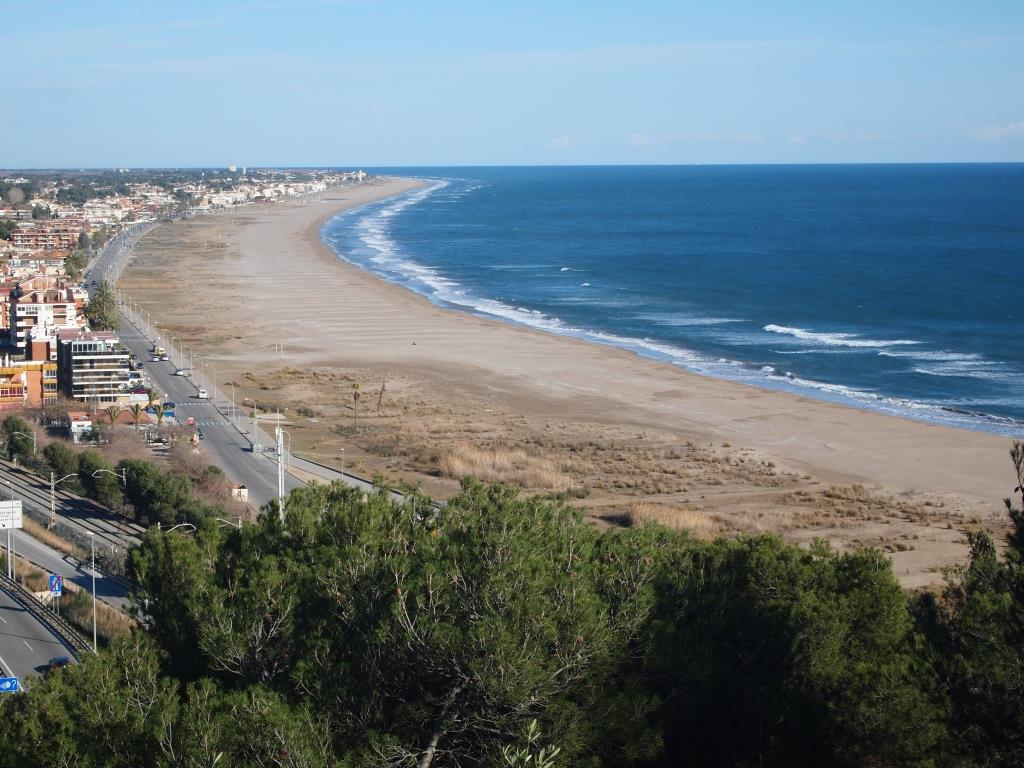 Real estate house apartment sales and rentals Castelldefels beach